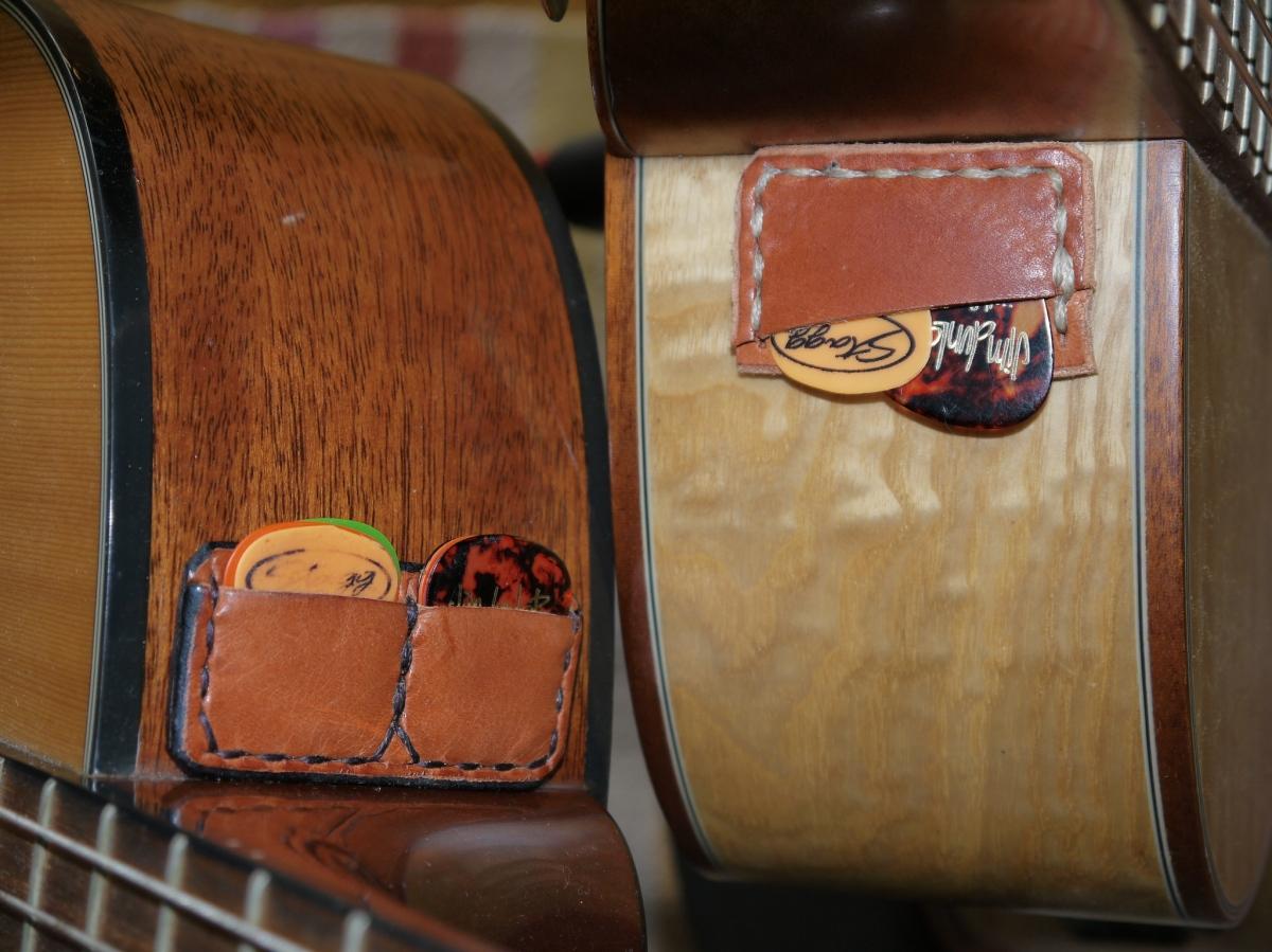 Porta-Puas adhesivo para tu guitarra